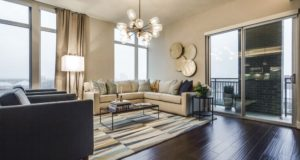Dallas Uptown Luxury Highrise Livingroom View