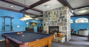 Knox Henderson Apartment Homes Clubroom
