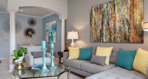 Knox Henderson Apartment Homes livingroom