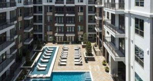 Uptown Dallas Luxury Lounge Pool