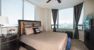 mckinney-avenue-highrise-bedroom